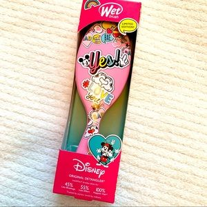 Disney Wet Brush